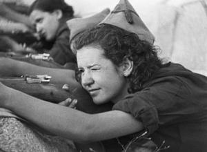 miliciana en somosierra